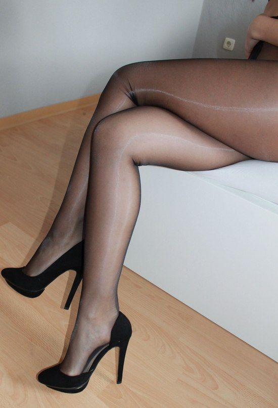 16d7ad05266 Pantyhose Mania™ Pantyhose Heels
