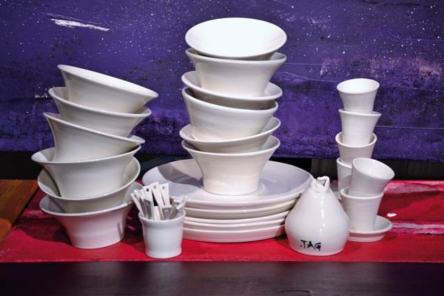 sets for informal luncheons and ethnic dinners.