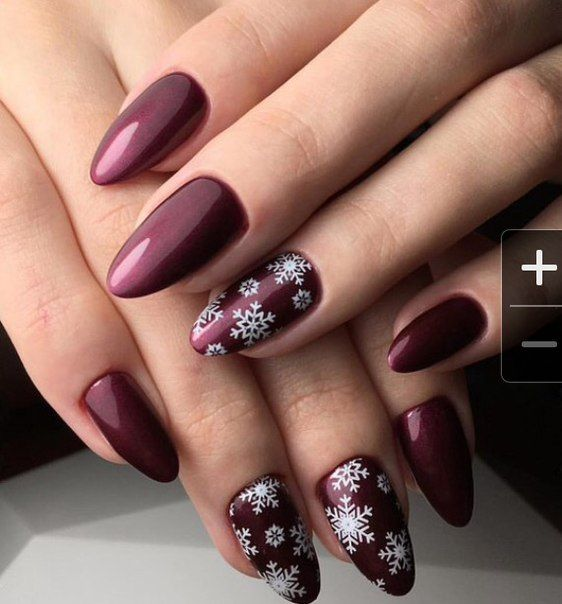 Beautiful winter nails, Dark gel polish, Dark nails, Ideas of winter nails, Snowflake nail art, Snowflakes on nails, Winter nail designs, Winter nails 2016  So pretty!