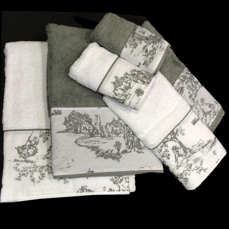 """Juegos de toallas de rizo, en Algodón 100% de máxima absorción. Toallas con tela """"TOILE DE JOUY"""", ideal para decorar cuartos de baño clásicos o rústicos. El característico estampado toile de jouy es totalmente intemporal.  Los Juegos constan de 6 piezas gran tamaño: 2 - Toallas de Baño (100cm x 150cm). 2 - Toallas de Lavavo (50cm x 100cm). 2 - Toallas de tocador (30cm x 50cm). Disponemos de muchos 4 colores a elegir, Azul, Beige, Gris y Granate. Puedes comprar en: www.lagarterana.com"""
