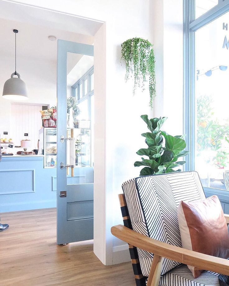 Highlands Merchant cafe in the Southern Highlands, Australia. Gorgeous baby blues. Photo by @cottonwoodinteriors