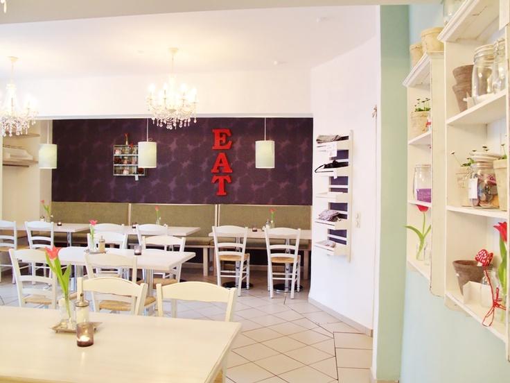 DIE PAMPI (Café & skandinavische Mode, Accessoires und Möbel, Winterhuder Marktplatz)