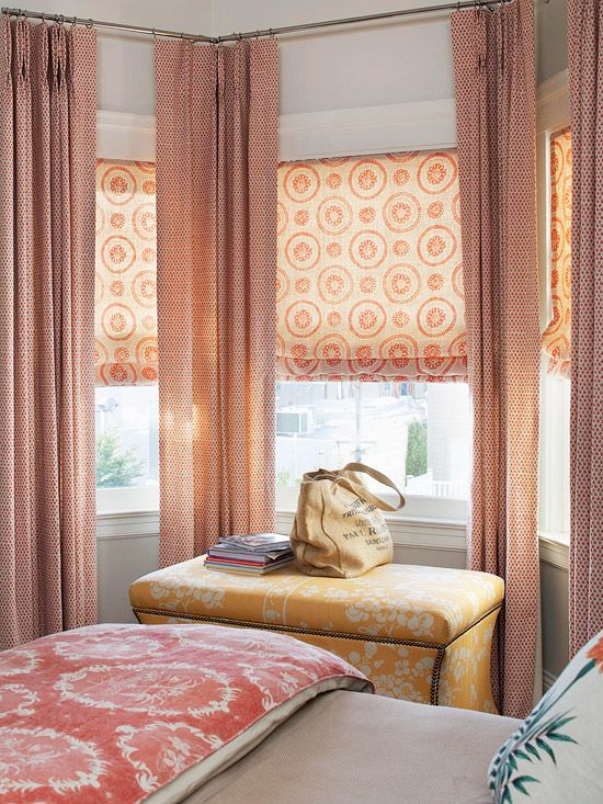 Attractive Layered Window Treatments U0026 A Good Mix Of Colors/patterns