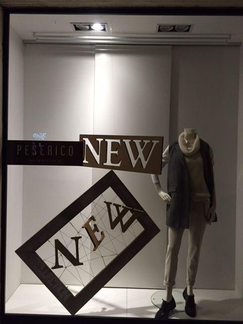 Campagne visual aziendali: apertura punto vendita Peserico di Roma e Firenze; un esempio di allestimento vetrina e Visual merchandiser