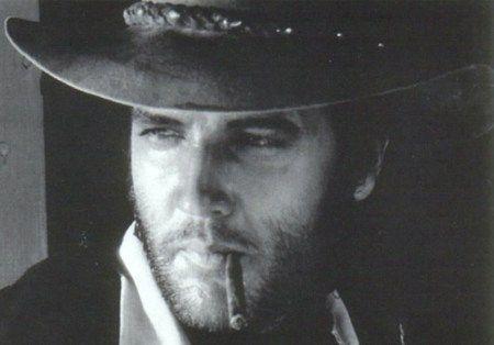guess who this is !?!Things Elvis, Charros, Wallpapers Download, Elvis Aron, Movie, Cowboy Hats, Elvis Presley, King, Elvispresley Wallpapers
