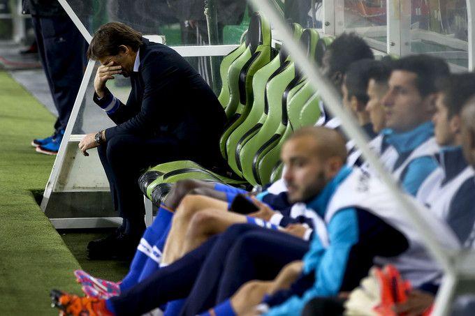 """O treinador do FC Porto foi afastado, anuncia o desportivo espanhol """"As"""" na sua edição online. Apesar dos maus resultados obtidos, o clube ainda terá pensado manter Lopetegui no banco no próximo jogo, mas o empate com o Rio Ave ditou o fim do contrato. Expresso apurou que anúncio de uma eventual saída deverá ser feito esta sexta-feira de manhã"""