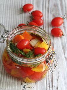 トマトと彩り野菜のピクルス by 星野奈々子さん / レシピサイト「ナディア / Nadia」/プロの料理を無料で検索