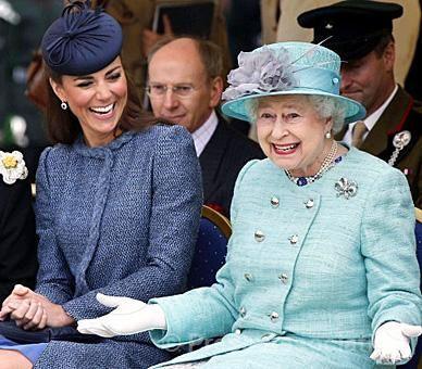 6/13/2012: Cutest picture I've seen of Queen Elizabeth II & Catherine, Duchess of Cambridge