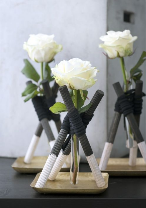 Single rose arrangement - diy | Bloemenagenda | Bloemenbureau