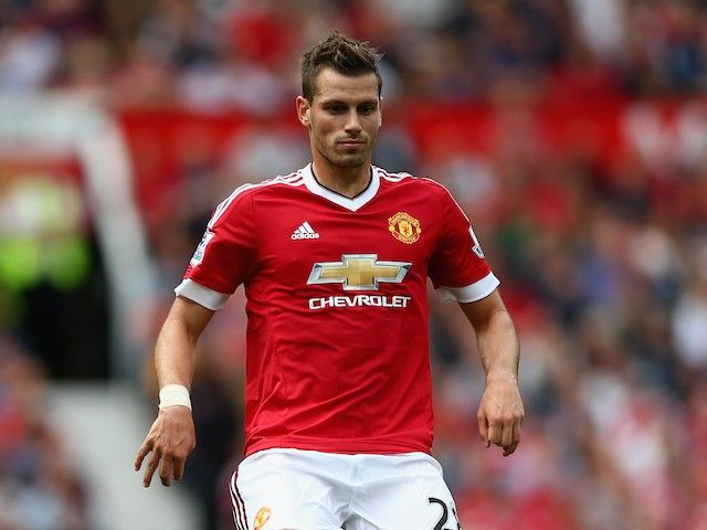Report: Alan Pardew to bring Manchester United's Morgan Schneiderlin to Crystal Palace