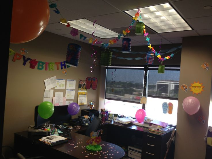 Office Birthday Decor- Celebrate your employees' birthday with streamers, confetti, and colorful balloons. This will make their Special Day even more special, with thoughtful decor & colors they are sure to appreciate it.