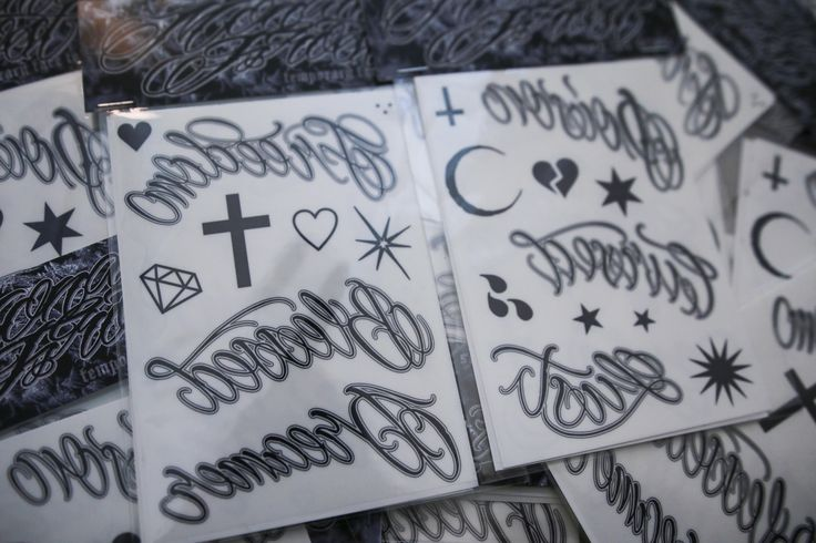 TEMPORARY FACE TATTOOS BUNDLE -LOVE/HATE / Monami Frost