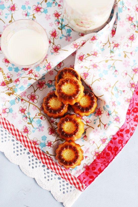 <p>Los Cannelés Bordelais son unos pastelitos típicos de la ciudad de Burdeos. Son una de las joyas de la pastelería francesa, mucho menos conocidos que el croissant o el éclair, quizá por ser mucho mas humildes. Sin embargo, son una…</p>