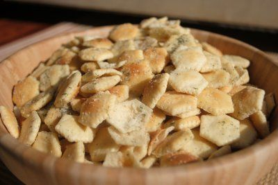 Ranch and Dill Oyster Cracker Snack - Shugary Sweets - tried and true. Just shake in Tupperware - ks