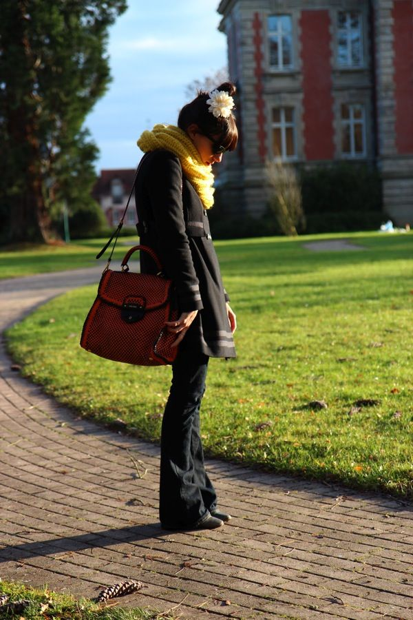 Love the scarf...love the coat...love the bag...love it!