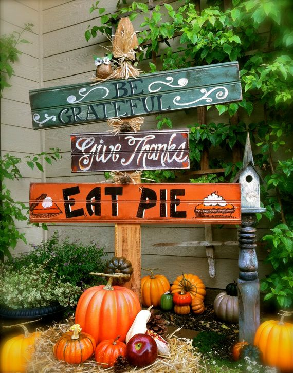 Harvest Sign On Barnwood For Fall Front Porch Decor: Thanksgiving Fall Harvest Autumn Yard Sign, Be Grateful