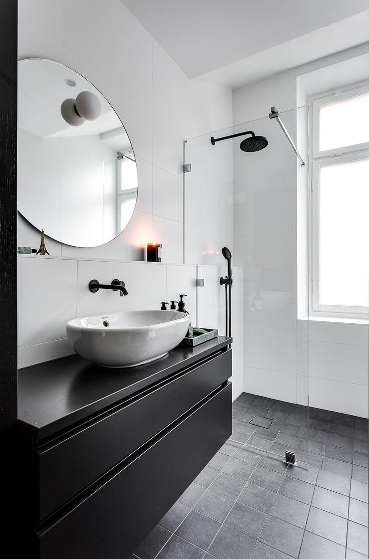 bathroom // { @beautybycatxo }