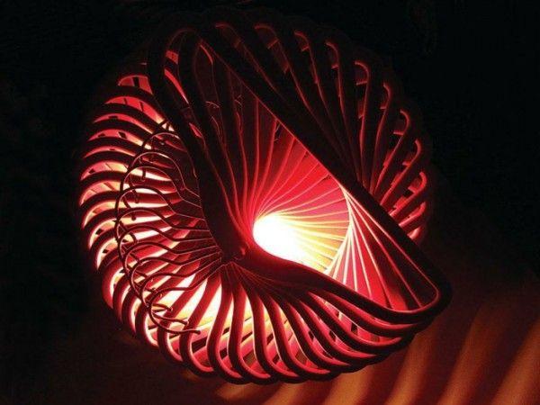 Designer Lampe selber bauen diy  lampe kleiderbügel rot