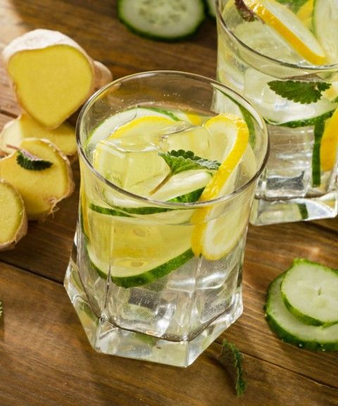 Bunch Of Parsley And Weight Loss Drink