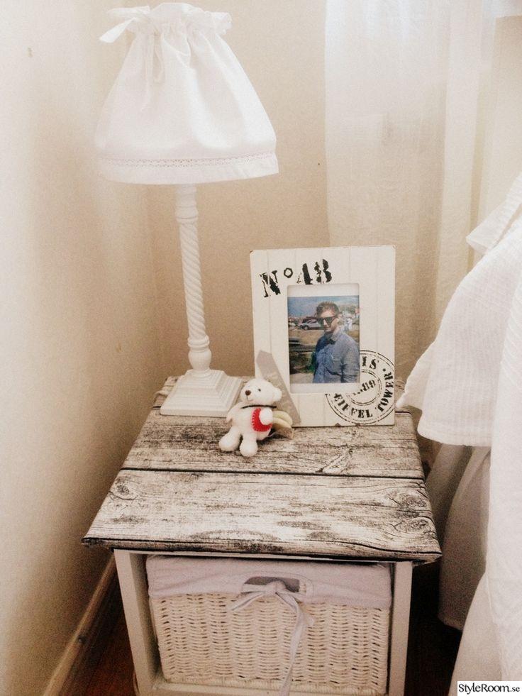 Pi di 25 fantastiche idee su telaio di letto fai da te su pinterest letti di pallet - Telaio del letto ...