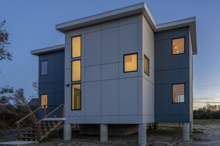 Modern Home Block Island House Is A Panelized Stunner Yankee Barn Homes Island House Barn House