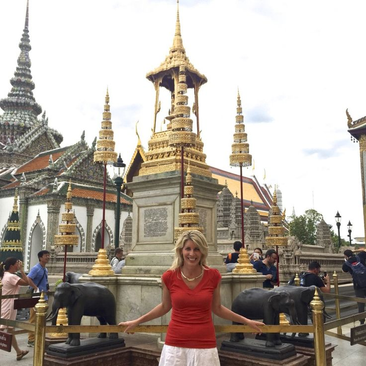"""The Grand Palace and Jen Jedda.  Four Nights in Bangkok So if one night in Bangkok makes a """"hard man humble,"""" what does four nights do to a soft girl (really only just soft to the touch)?"""