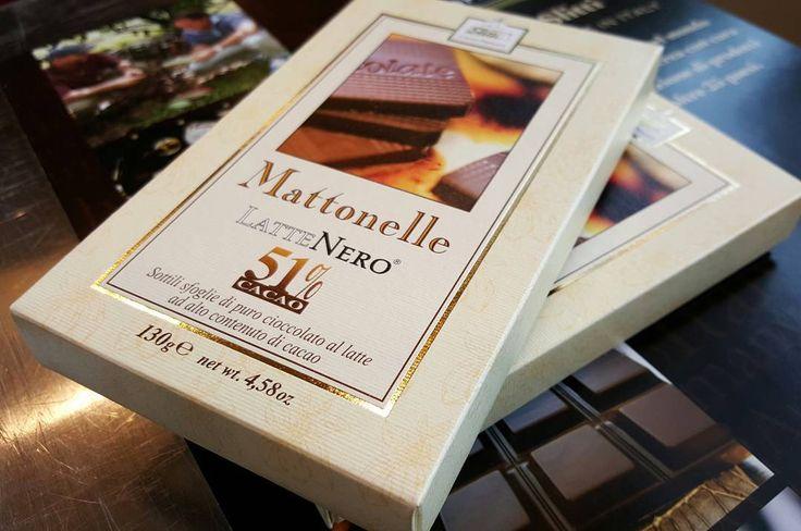 #Slitti #chocolate #lattenero #51% #amazing #luxury #food #swet #madeintuscany #madeinitaly #Melbourne #PortFairy #shanghai #newdheli #newyork #Toronto #london #muchen #milano #roma #firenze #Vienna #Dubai #solocosebuone # by slitti_cioccolato