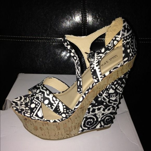 Summer wedge shoe Nice black and white wedge fancy shoe Call It Spring Shoes Wedges