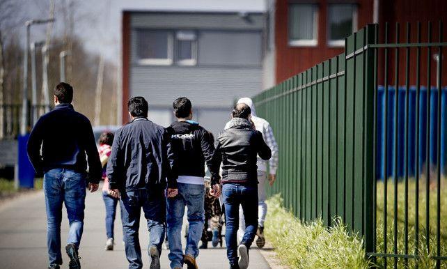 Afgewezen asielzoekers komen vaker uit de kast   Nederland   De Morgen