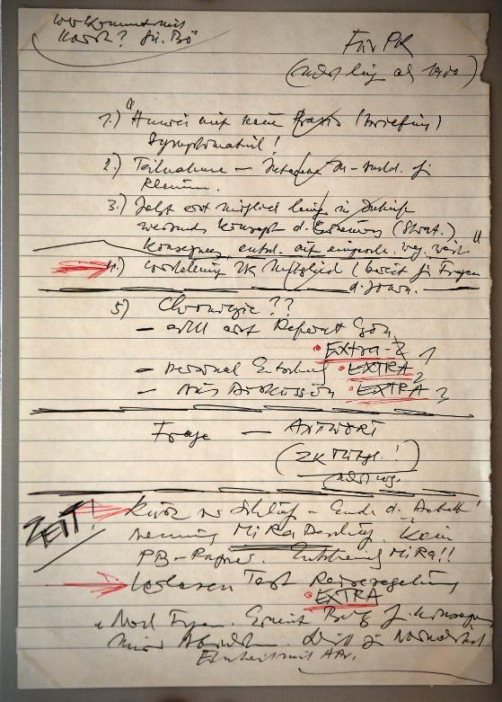 Der Schabowski-Zettel im Wortlaut – angeblich wurde er 1991 von Bekannten der Familie ausgeliehen und nie zurück gegeben