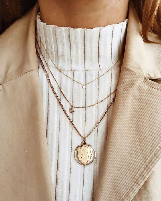 Halsketten | Schmuck | Blazer | Rollkragenpullover | Inspiratioin | Mehr zu Fashionchick – #accessoires #Blazer #Fashionchick #Halsketten #Inspiratioin #Mehr #Rollkragenpullover #Schmuck #zu