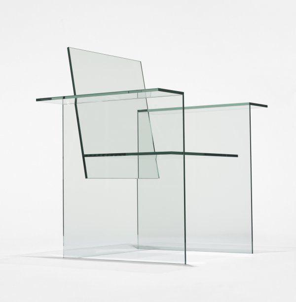 Como saben uno de mis delirios son las #Sillas que tal esta de --> Shiro Kuramata Glass Chair.