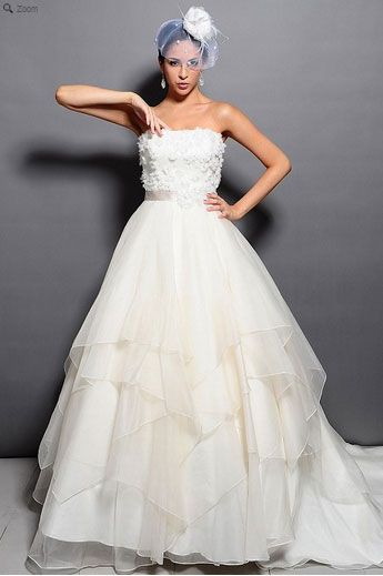Saison Blanche Wedding Gown - Couture Collection - Style #4161