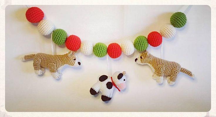 #lillamyshörnan #lillamyshornan #crochet #crochetaddict #amigurumi #amigurumidoll #present #unik #pyssel #hobby #hekla #hoooked #gift #barnvagnsmobil #corgi #ko #hund #virkadhund #crochetdog #virkning #virkad #virka by bonnis74