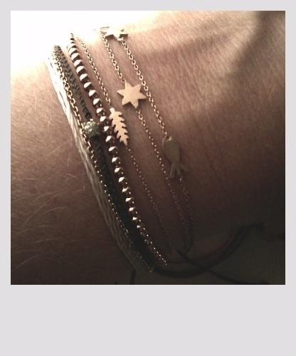 stars Layered bracelets . Casual combo from http://bijouxcreateurenligne.fr/product-category/bracelet-fantaisie/