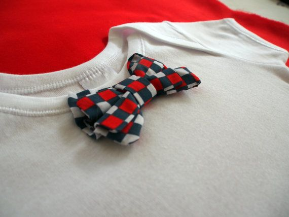 Keep your baby in style with this racy bow tie onesie. Check Bow Tie Onesie by keb4kids on Etsy