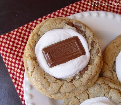 Smore Cookies from @jamiecooksitup