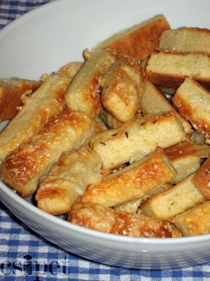 Sajtos rúd (Cheesy sticks)