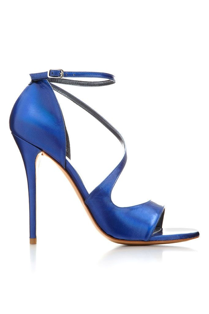 Stuart Weitzman Goodness Round-Toe Pumps clearance best store to get low price sale online Lhyx72T