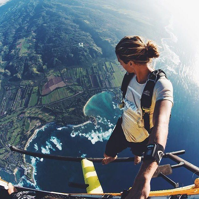 Tag a friend that would do this! Photo via @jayalvarrez by gorillavision