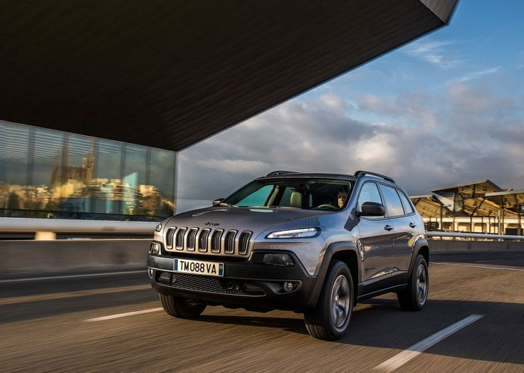 Jeep Cherokee 2014 Gets Top Safety Pick From Iihs Articles