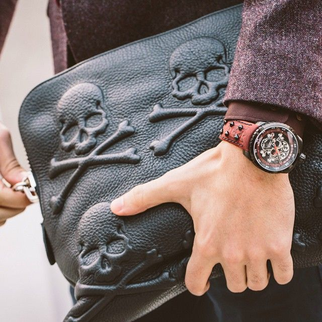 Badass watch // Badass satchel