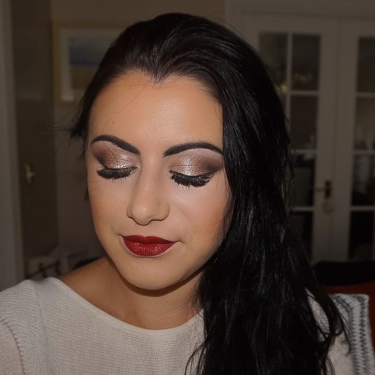 Taupe Smokes and Berry Red Lips. Love this sexy sultry look on Lisa #instamakeup #makeupartist #makeup #makeuplover #makeupaddict #mua #makeup #makeupjunkie #mac #makeover #divalipstick #redlips #smokeyeye #lashes #brows