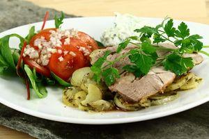 Lammekølle i fad med kartofler og krydderurter 4