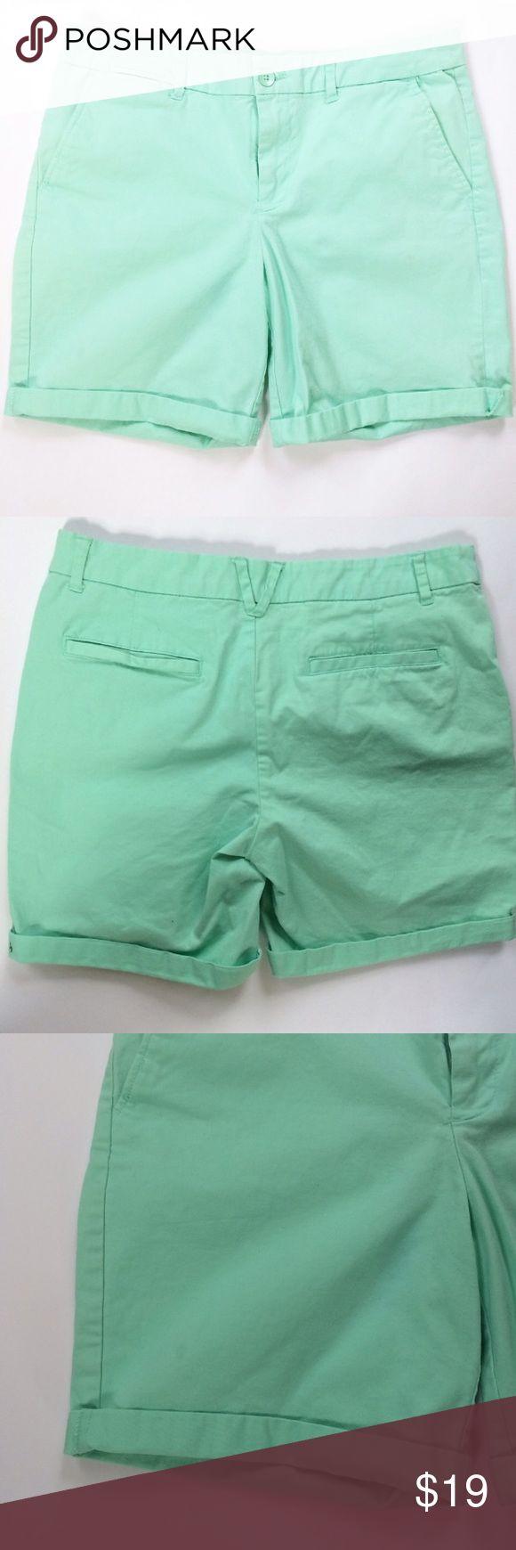 "GAP khakis Mint green boyfriend roll up Shorts Cotton roll up Boyfriend shorts. Gently worn. Zipper and button closure. Waist 16"". Inseam 7"" when rolled. GAP Shorts"