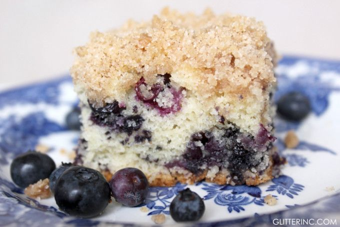 Old-Fashioned Blueberry Buckle Cake