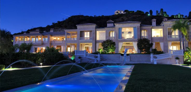 19 best images about world class homes on pinterest for Luxury homes for sale in beverly hills