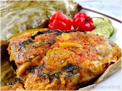 HESTI'S   KITCHEN : yummy for your tummy: Pepes Ikan Nila