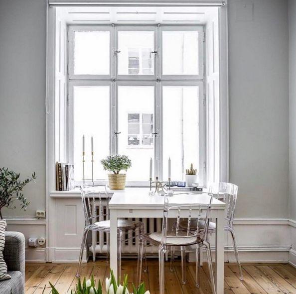 Transparent Boxern plaststol. Polykarbonat, stol, plast, kök, matsal, möbler, möbel, matsal, inredning.