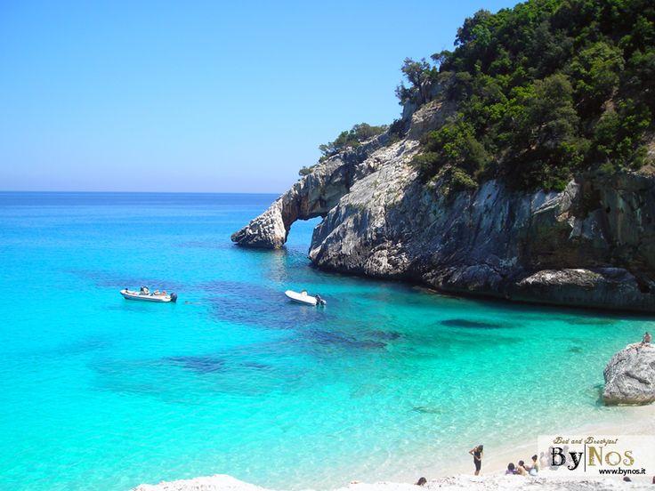 Hotels-sardinia-cheap-accommodation-near-cala-goloritze-sardinia-hotels-and-resorts-in sardinia-golfo di-orosei-cala-goloritze-beach-sardinia-holidays-2015